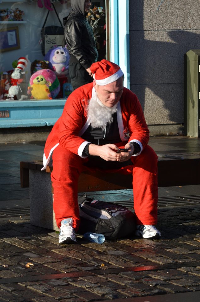 Plymouth Santa Fun Run 2013